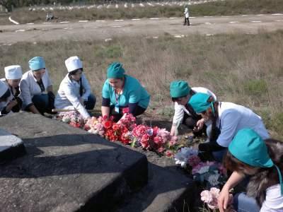 """Волонтерский отряд """"Панацея"""" провел субботник по благоустройству"""