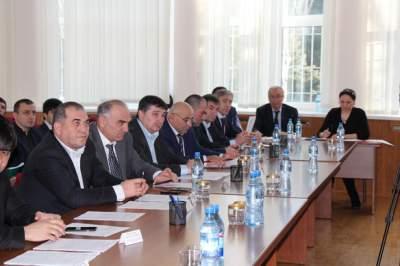 Последняя в этом году сессия собрания депутатов состоялась в актовом зале городской администрации.